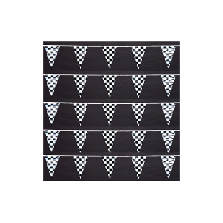Checkered Poly Triangle Pennant 100' width=