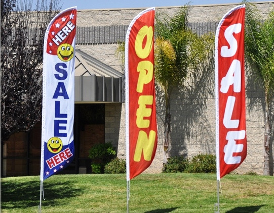 Pack of 3 Blow Out Sale,Carpet Open King Swooper Feather Flag Sign Kit with Pole and Ground Spike